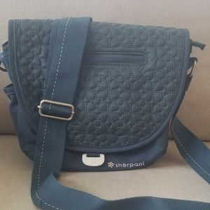 Sherpani Milli Le Crossbody quilted bag